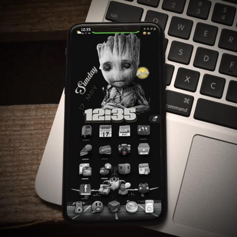 Baby Groot Dislikes The Dark - 1.0